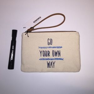 "New Clutches Bag  ""Go your own way"" Wristlet…"
